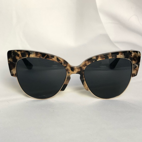 a24d7e7a41131 SONIX on holiday DAFNI cat eye sunglasses. M 5a6a1a46daa8f6107a758ecd